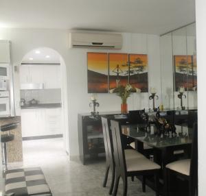 Apartamento En Venta En Caracas - El Paraiso Código FLEX: 19-1280 No.6