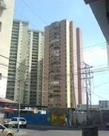 En Venta En Maracay - Avenida Constitucion Código FLEX: 19-1306 No.8