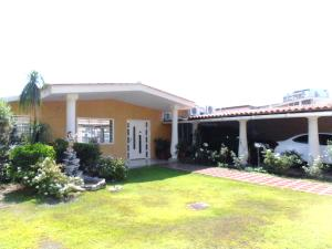 Casa En Venta En Maracay - San Jacinto Código FLEX: 19-1343 No.0