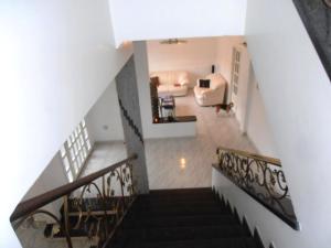 Casa En Venta En Maracay - El Castano (Zona Privada) Código FLEX: 19-1359 No.12