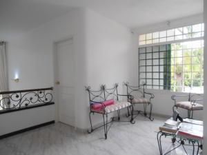 Casa En Venta En Maracay - El Castano (Zona Privada) Código FLEX: 19-1359 No.14