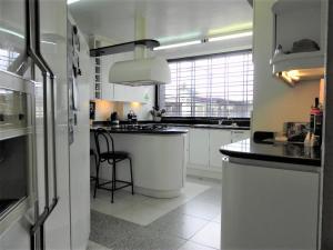 Casa En Venta En Caracas - El Marques Código FLEX: 19-1404 No.12
