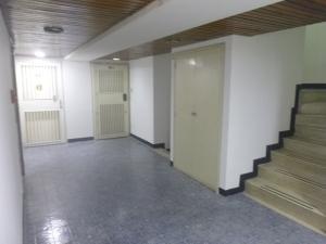 Oficina En Venta En Caracas - Santa Eduvigis Código FLEX: 19-1423 No.6