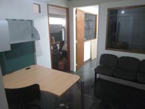 Oficina En Venta En Caracas - Santa Eduvigis Código FLEX: 19-1423 No.7