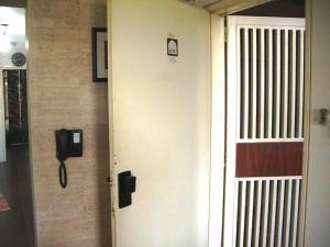 Apartamento En Venta En Caracas - La Tahona Código FLEX: 19-1460 No.2