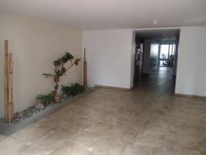 Apartamento En Venta En Caracas - Lomas del Avila Código FLEX: 19-1468 No.15