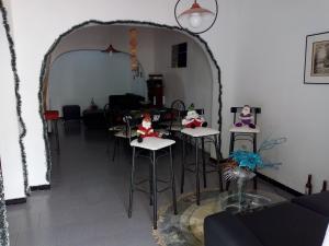 Casa En Venta En Maracay - La Maracaya Código FLEX: 19-1505 No.1