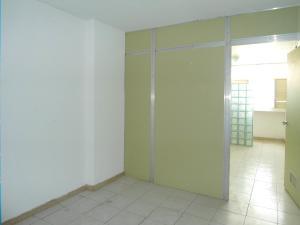 En Venta En Maracay - Calicanto Código FLEX: 19-1521 No.9