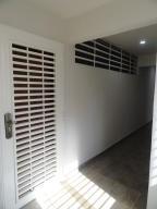 Apartamento En Venta En Caracas - Colinas de La Tahona Código FLEX: 19-1593 No.1