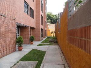 En Venta En Caracas - Colinas de La Tahona Código FLEX: 19-1593 No.12