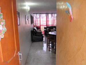 Apartamento En Venta En Valencia - Los Caobos Código FLEX: 19-1650 No.1