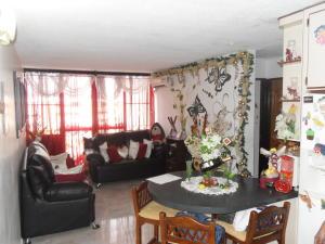 Apartamento En Venta En Valencia - Los Caobos Código FLEX: 19-1650 No.2