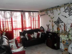 Apartamento En Venta En Valencia - Los Caobos Código FLEX: 19-1650 No.3