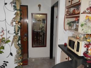 Apartamento En Venta En Valencia - Los Caobos Código FLEX: 19-1650 No.6