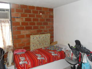 Apartamento En Venta En Valencia - Los Caobos Código FLEX: 19-1650 No.9