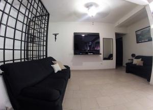 Casa En Venta En Caracas - Propatria Código FLEX: 19-1956 No.2