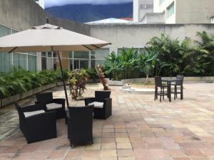 En Venta En Caracas - Santa Eduvigis Código FLEX: 19-1979 No.16
