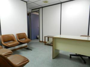 Consultorio Medico En Venta En Caracas En El Recreo - Código: 19-2043