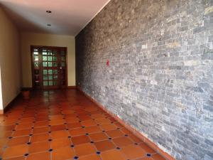Apartamento En Venta En Caracas - Campo Alegre Código FLEX: 19-2127 No.3