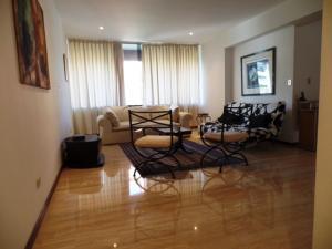 Apartamento En Venta En Caracas - Campo Alegre Código FLEX: 19-2127 No.12