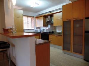 Apartamento En Venta En Caracas - Campo Alegre Código FLEX: 19-2127 No.16