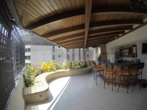 Apartamento En Venta En Caracas - El Cigarral Código FLEX: 19-2157 No.7