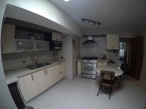 Apartamento En Venta En Caracas - El Cigarral Código FLEX: 19-2157 No.15