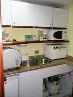 Consultorio Medico En Alquiler En Caracas - San Bernardino Código FLEX: 19-2173 No.5