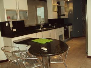 Apartamento En Venta En Maracay - La Soledad Código FLEX: 19-2178 No.8