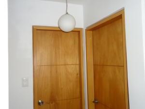 Apartamento En Venta En Caracas - Chacao Código FLEX: 19-2540 No.12