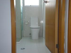 Apartamento En Venta En Caracas - Chacao Código FLEX: 19-2540 No.17