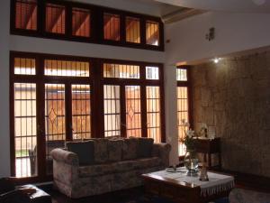 Casa En Venta En Maracay - Barrio Sucre Código FLEX: 19-2276 No.10