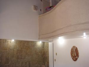 Casa En Venta En Maracay - Barrio Sucre Código FLEX: 19-2276 No.11