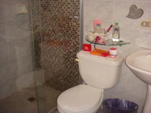 Casa En Venta En Maracay - Barrio Sucre Código FLEX: 19-2276 No.13