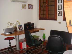 Casa En Venta En Maracay - Barrio Sucre Código FLEX: 19-2276 No.15