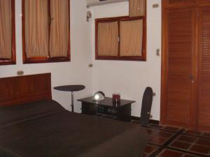 Casa En Venta En Maracay - Barrio Sucre Código FLEX: 19-2276 No.17