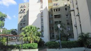 Apartamento En Venta En Maracay - Base Aragua Código FLEX: 19-2324 No.1