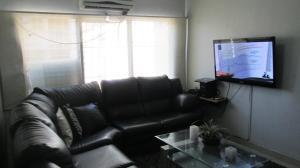 Apartamento En Venta En Maracay - Base Aragua Código FLEX: 19-2324 No.2