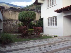 Casa En Venta En Maracay - El Castano (Zona Privada) Código FLEX: 19-4357 No.3