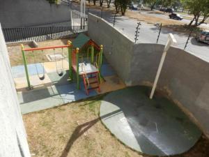 Apartamento En Venta En Maracay - San Jacinto Código FLEX: 19-2663 No.3