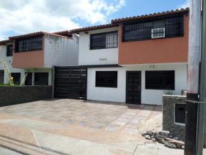 Townhouse En Venta En La Morita - Villas El Placer Código FLEX: 19-2677 No.0