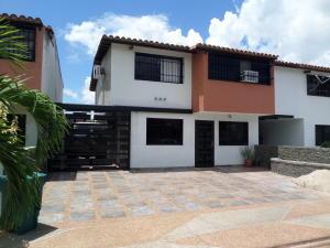 Townhouse En Venta En La Morita - Villas El Placer Código FLEX: 19-2677 No.1