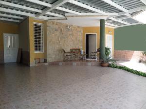 Townhouse En Venta En Maracay - Villas Ingenio II Código FLEX: 19-2692 No.1