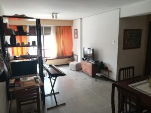 Apartamento En Venta En Caracas - Altamira Código FLEX: 19-2749 No.1