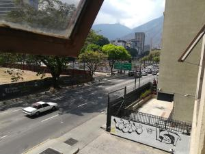En Venta En Caracas - Altamira Código FLEX: 19-2749 No.3
