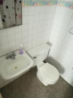 Apartamento En Venta En Caracas - Altamira Código FLEX: 19-2749 No.13