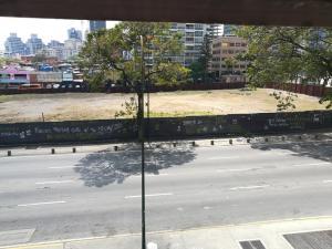 En Venta En Caracas - Altamira Código FLEX: 19-2749 No.15