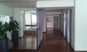 Apartamento En Venta En Caracas - Terrazas del Club Hipico Código FLEX: 19-2776 No.1