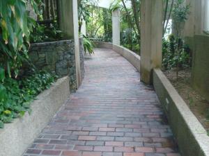 Apartamento En Venta En Caracas - Colinas de Bello Monte Código FLEX: 19-3043 No.2