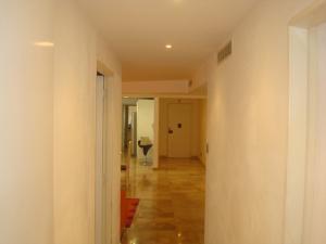 Apartamento En Venta En Caracas - Colinas de Bello Monte Código FLEX: 19-3043 No.4